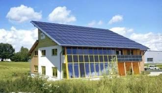 Ipari napelemes épület