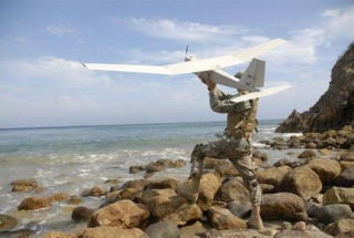 Napelemes katonai drón